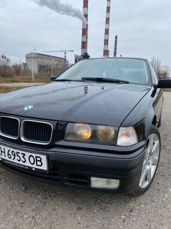 Продам BMW 318 (e36)