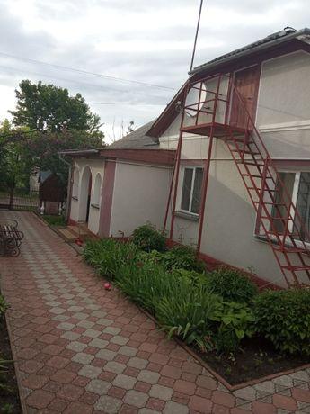 Продам будинок в смт. Гусятин вул. Робітнича 6