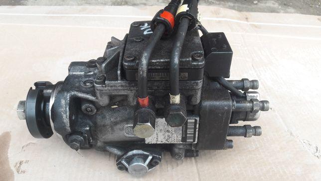 Паливна апаратура 1.8 Di Ford Focus ТНВД топливна 0470004002 Фокус