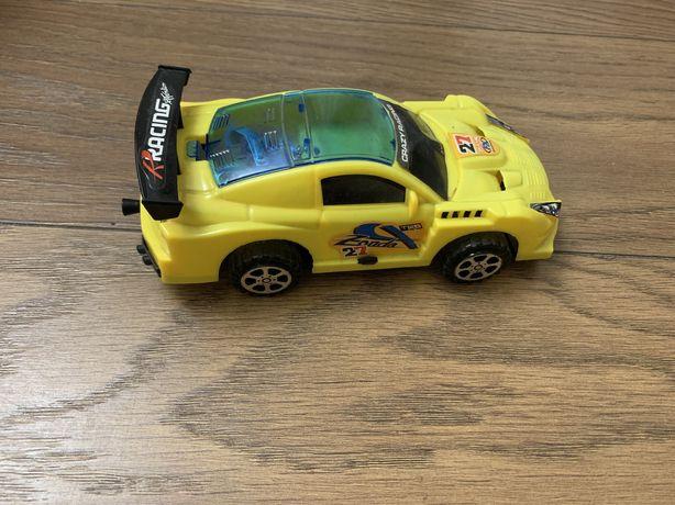 Машинка, гоночная машинка