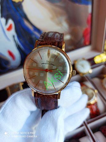 Часы СССР, часы Луч шахматный циферблат, идеальное состояние!Кожаный р