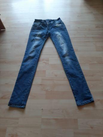 Piękne jeansy dla kobiety roz S