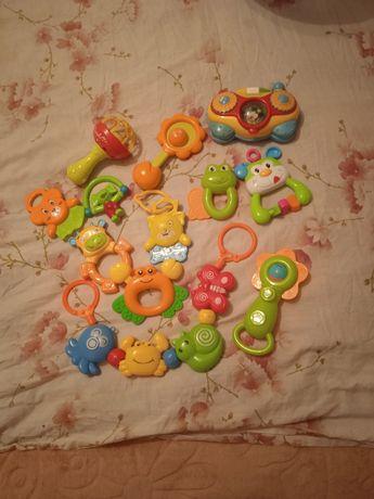 Игрушки развивающие, тактильные, лот игрушек, погремушки