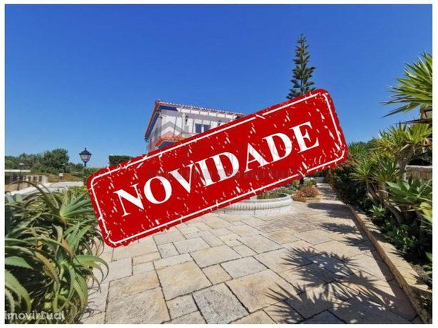 Moradia T4 isolada Praia Del Rey Golf and Beach Resort