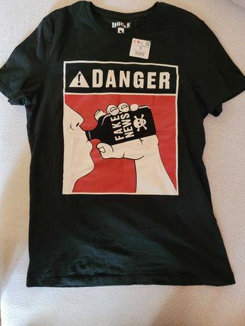 Nowa koszulka z metką Fake News House rozm.S zamienię na grę ps4 wii U