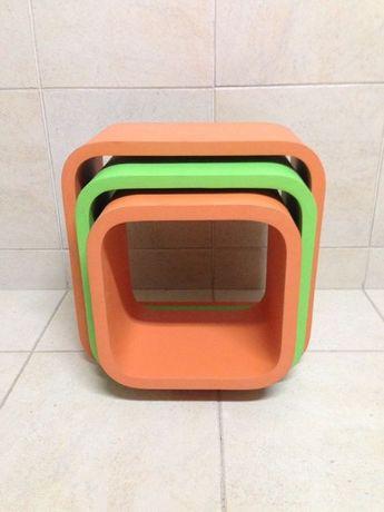 Conjunto Cubos expositores parede ou chão