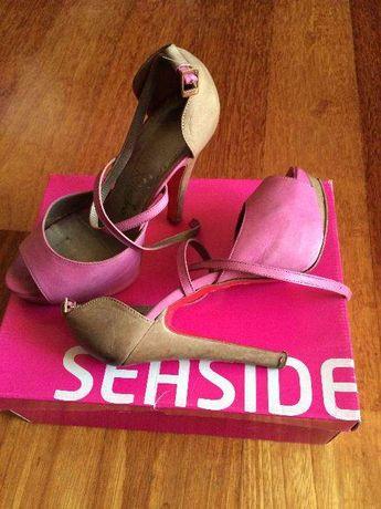 Vendo Sandálias Rosa e Beje