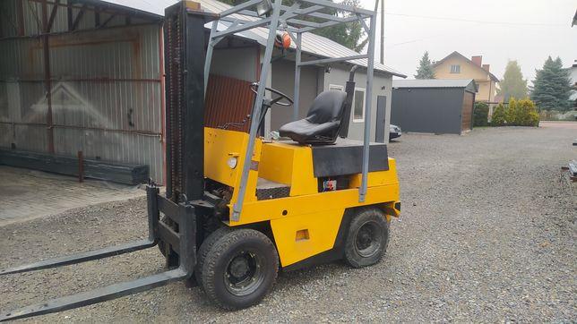 Wózek widłowy GPW 2504 3P perkins