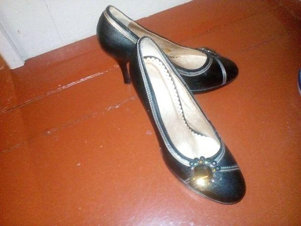 Туфли, туфлі нові