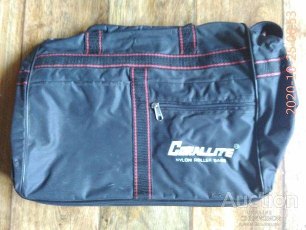 Дорожная нейлоновая сумка на колёсиках Corallite Сингапур