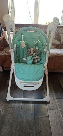 Продам кресло для кормления-качель Carello Triumph