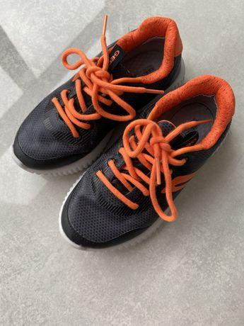 Кросівки Geox