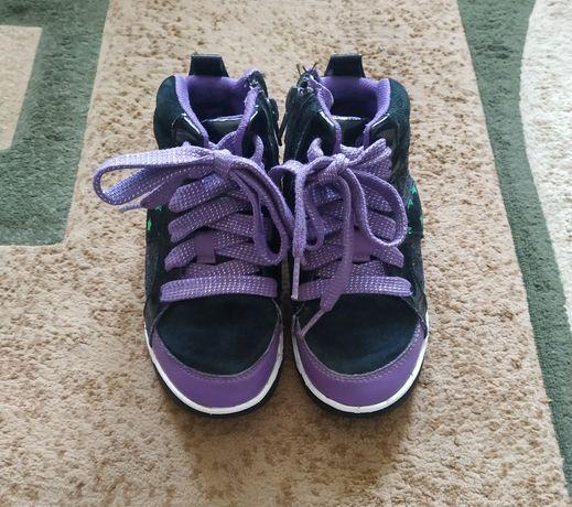 Демісезонні черевики, демі ботинки, кеди, светящиеся кроссовки  Clarks