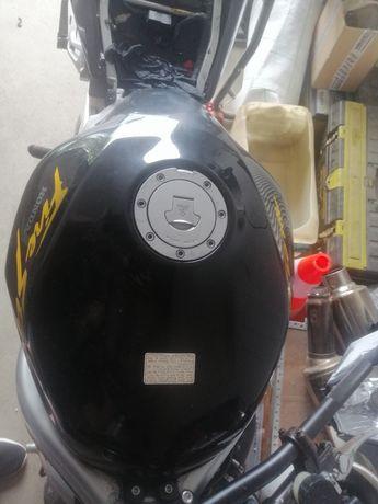 Zbiornik paliwa vtr1000