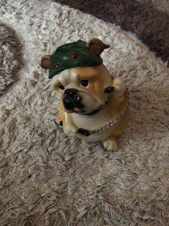 Копілка у вигляді собаки