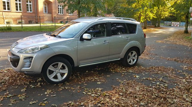 Peugeot 4007 2.4 benzyna SUV 170km 2009r.