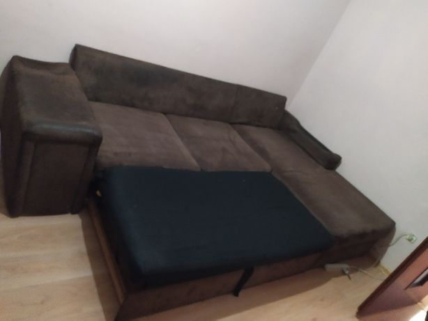narożnik do spania , kanapa + 3 poduszki