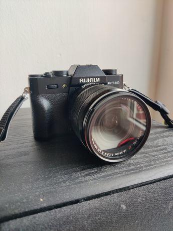 Fujifilm X-T30 + 18-55mm, torba
