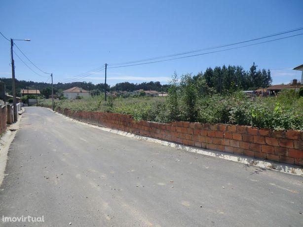 Vende-se terreno com 70 mts de frente e viabilidade de construção