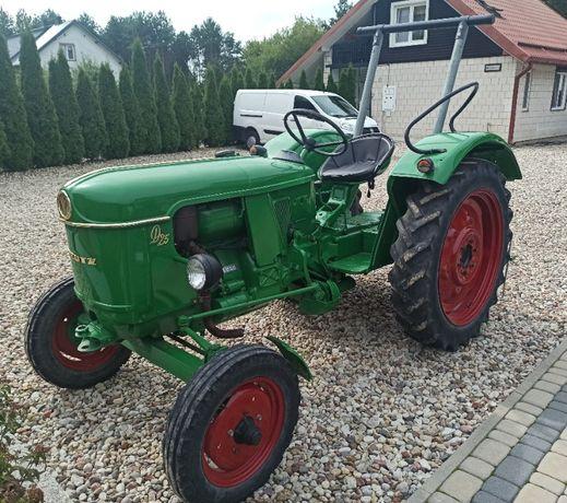 Zabytkowy traktor Deutz D25