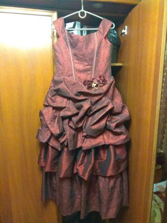 Платье подростковое.
