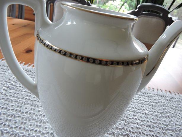 Czeski porcelanowy dzbanek art deco
