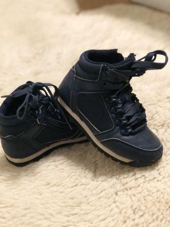 Ботиночки кроссовки Next демисезонные