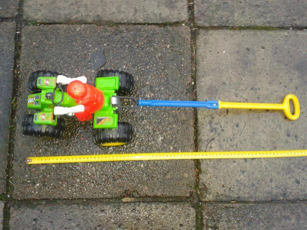 Zabawka quad plastyk pchana, 20zł.
