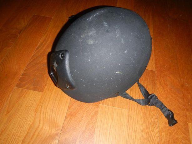 Capacete Protecção com Mount frontal e adaptador GOPRO
