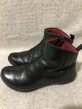 Кожаные ботинки сапоги Clarks goretex 37р ecco geox