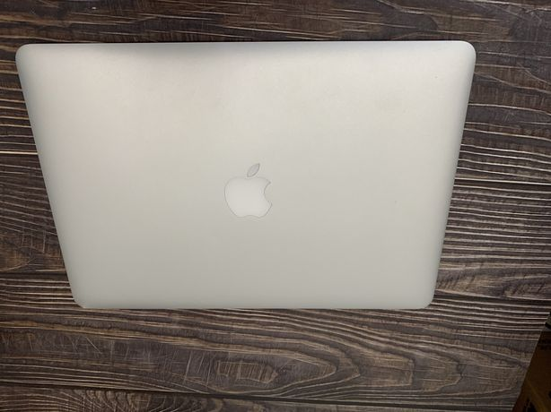 Apple MacBook Air 13 2015 A1466 1.6 GHz і5 8 gb SSD 128Gb