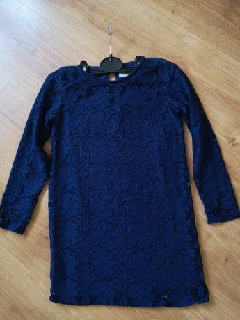 Кружевное платье прямого покроя для девочки на рост 128
