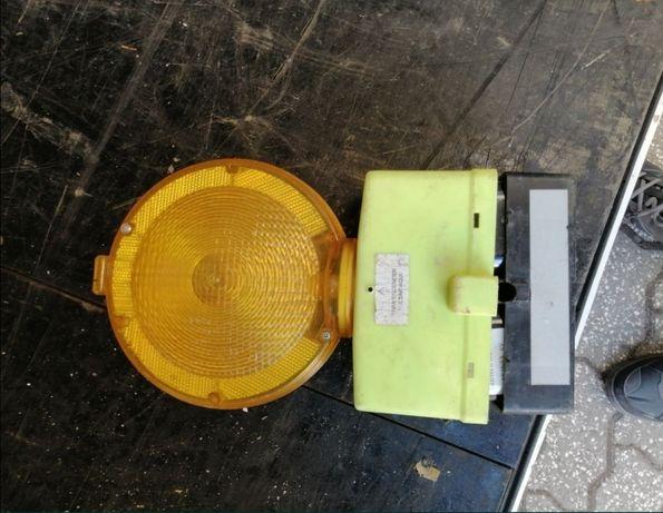 Lanterna de sinalização de obras