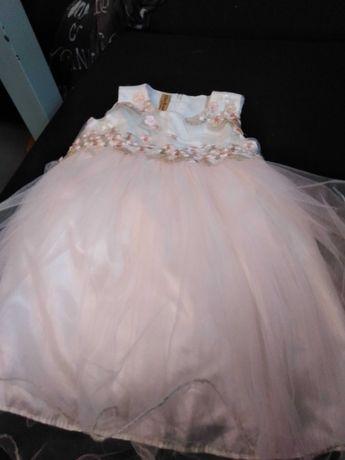 Sprzedam sukienkę dla dziewczynki