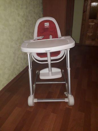 Продам стульчик для кормления  INGLESINA