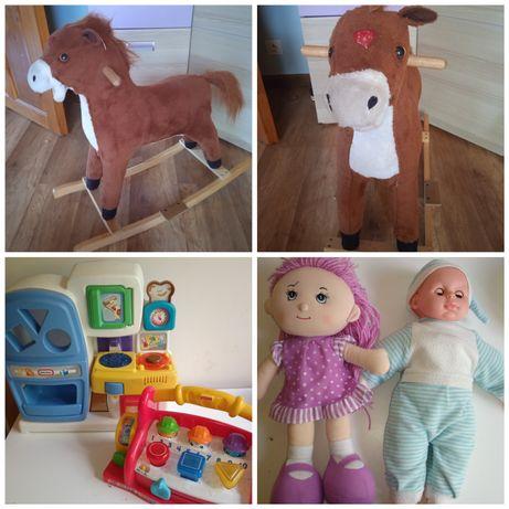 Zestaw zabawek konik na biegunach