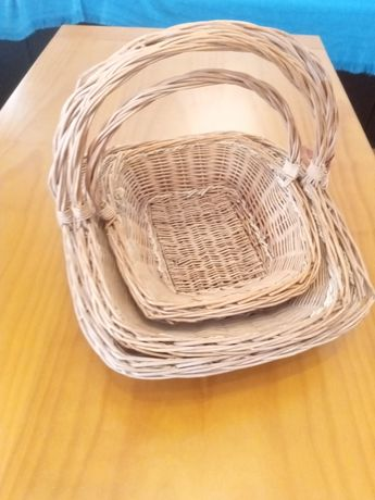 3 cestos de vime