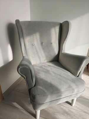 Fotel Uszak mniejszych rozmiarów