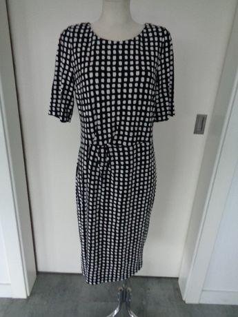 Biało - czarna sukienka rozm. - 18 - XXL -