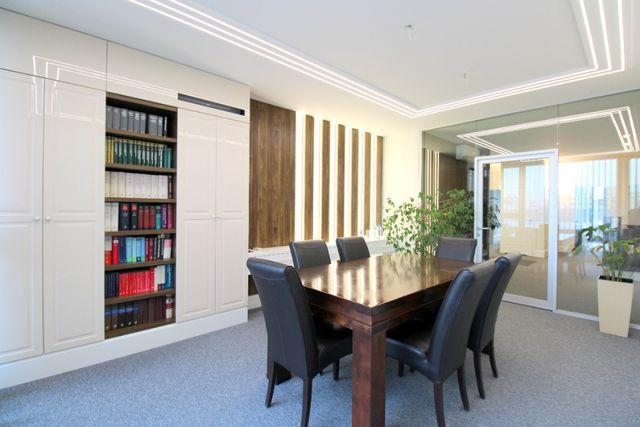 Lokal biurowy, wysoki standard 3 gabinety 126 m2