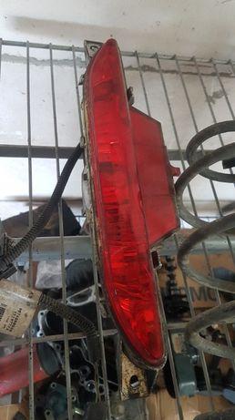 LAMPKA Przeciwmgielna - PEUGEOT 208 - Orginał
