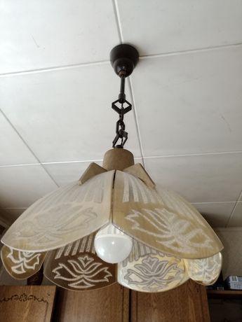Люстра из стекла с золотистой гальваникой и светильники