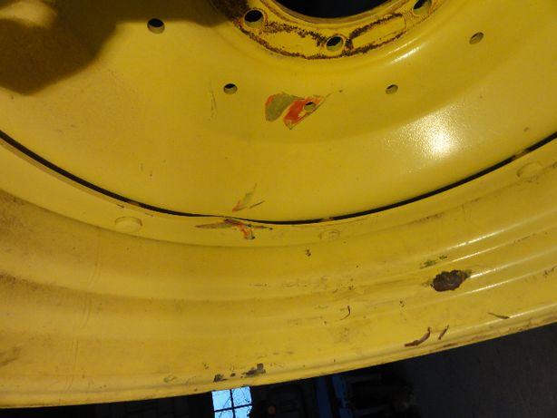 Felga John Deere 18 x 38 Lekko uszkodzona, r38
