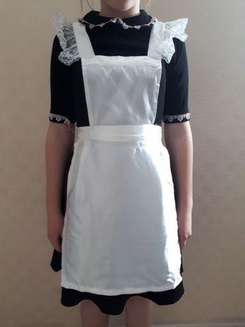 Продам платье школьное б/у