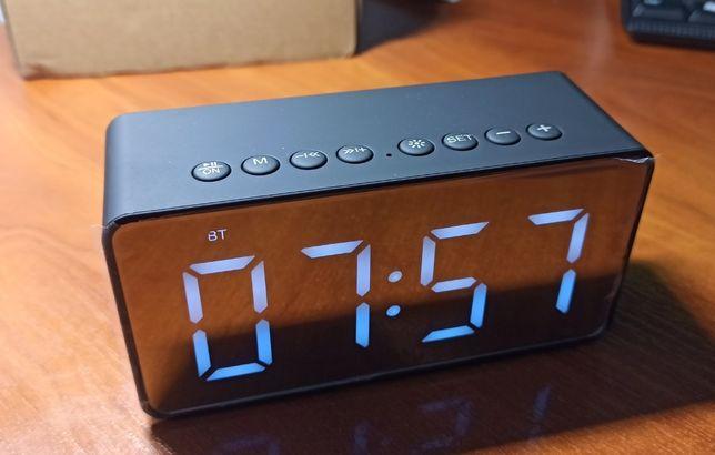 Портативные цифровые часы с Bluetooth-колонкой и будильником