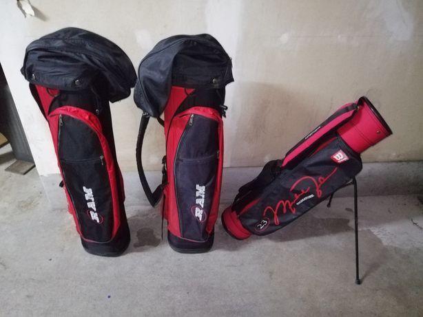 Vendo 3 sacos de golfe + 16 tacos + bolas