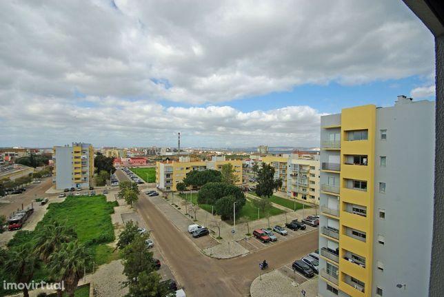 Apartamento T2 Novo, com Parqueamento, Alto do Seixalinho, Barreiro