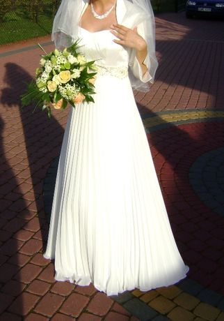 Suknia ślubna plisa