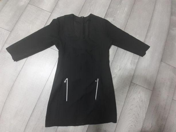 Sukienka czarna z suwaczkami