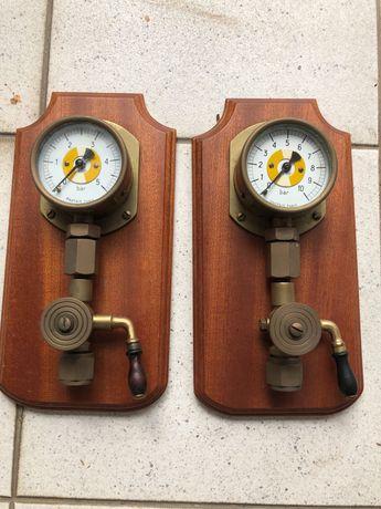 Decoração. Material de navios ( manómetros de pressão) reais.